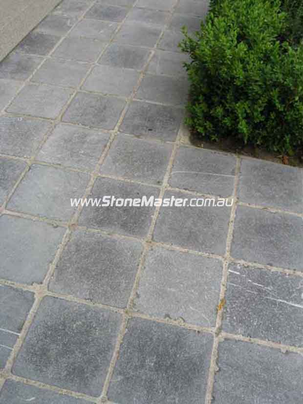 Adelaide enfield bluestone tile renewal experts stone for Pavers adelaide